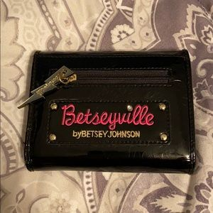 Betsyville Betsy Johnson wallet